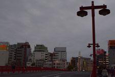 浅草の隅田川にかかる橋の画像001