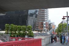 浅草の隅田川にかかる橋の画像002