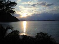 沖縄の海に沈む夕日の画像003