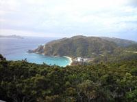 照山展望台から見た渡嘉志久ビーチの画像001