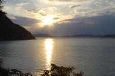 沖縄の海に沈む夕日の画像006