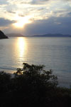 沖縄の海に沈む夕日の画像008