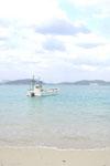 沖縄の海と船の画像013