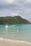 沖縄の海と船の画像022