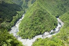 祖谷の渓谷の画像005