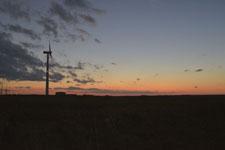 根室半島の風車と夕焼けの画像001