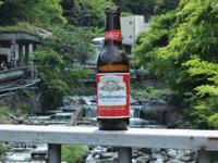 夏の川とビールの画像001